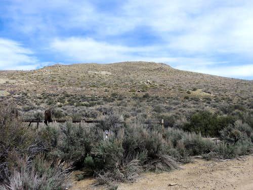 Western approach trailhead