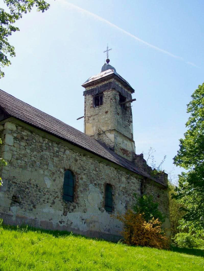 The church in the cemetery of Drenovac