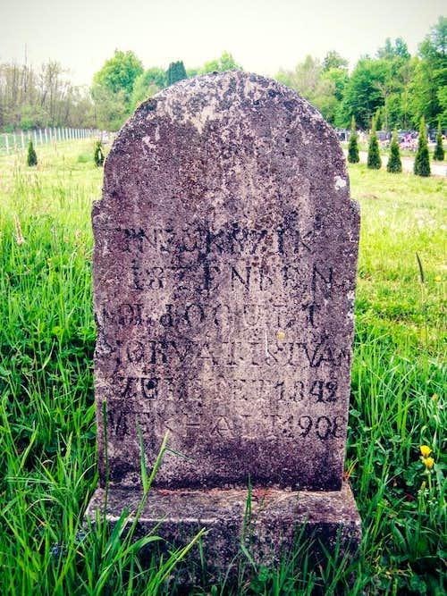 Hungarian gravestone in Humljani