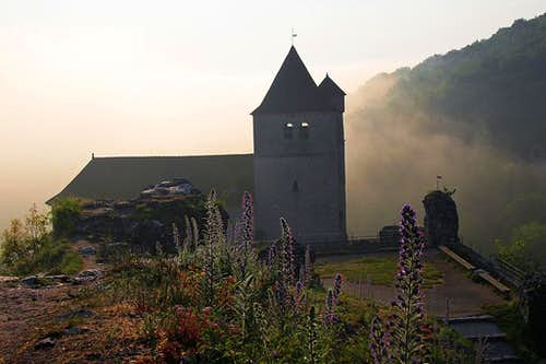 Saint-Cirq-Lapopie church