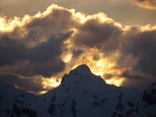Dent Favre at sunset
