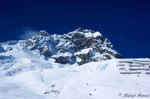 Vordere Hasenfluh (2534m)