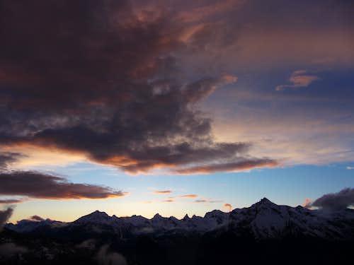 Grand Chavalard, Muvéran, Haut de Cry at sunset
