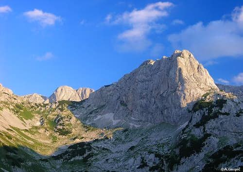 Terzin Bogaz (2303m) and its...
