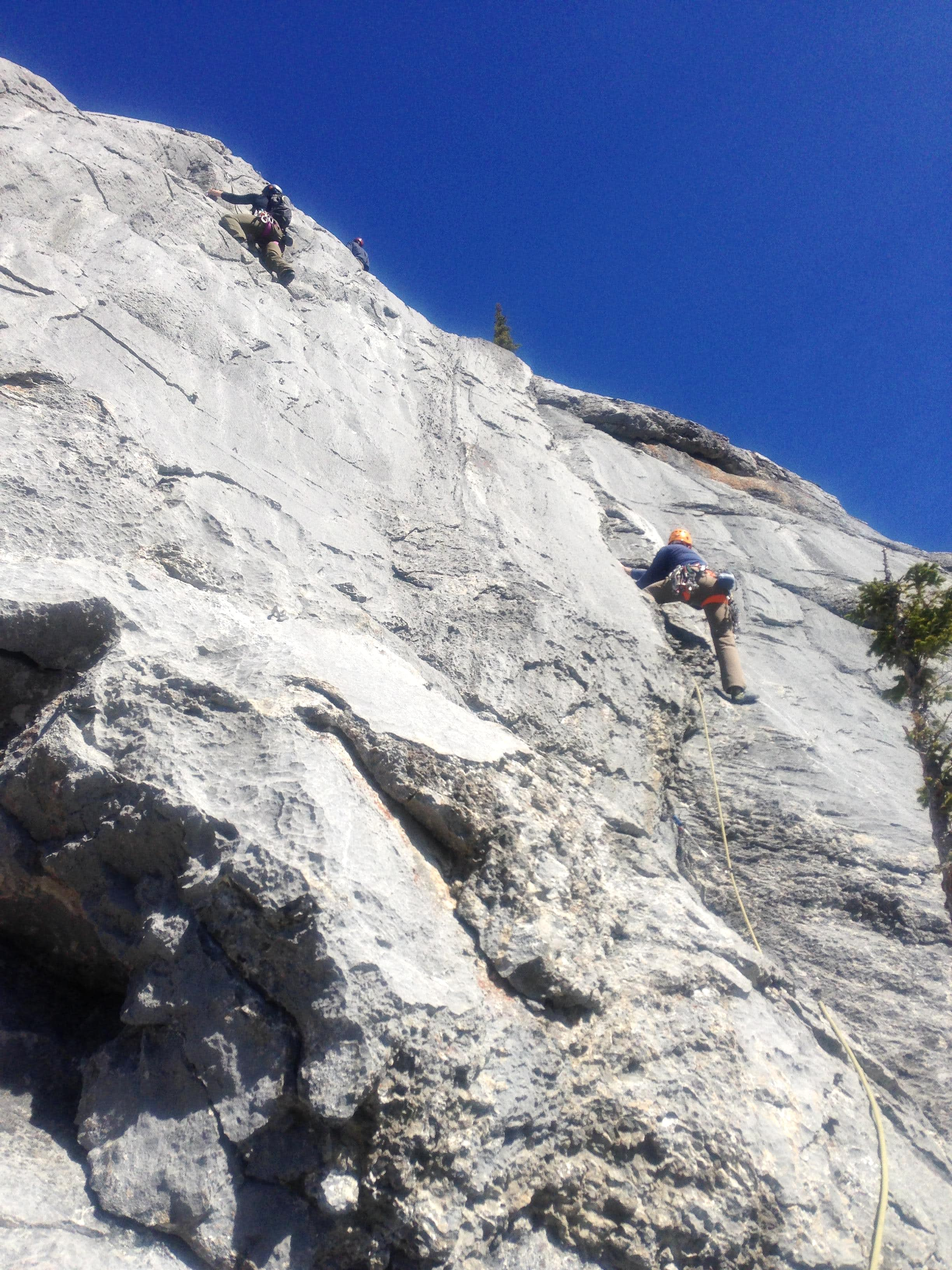 T Bam Crack - 5.9, 30 m (1 pitch)
