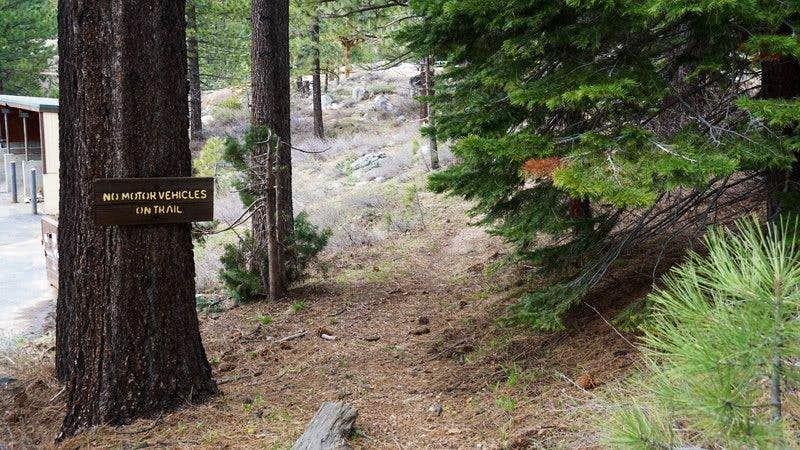 Start of Granite Chief Trail