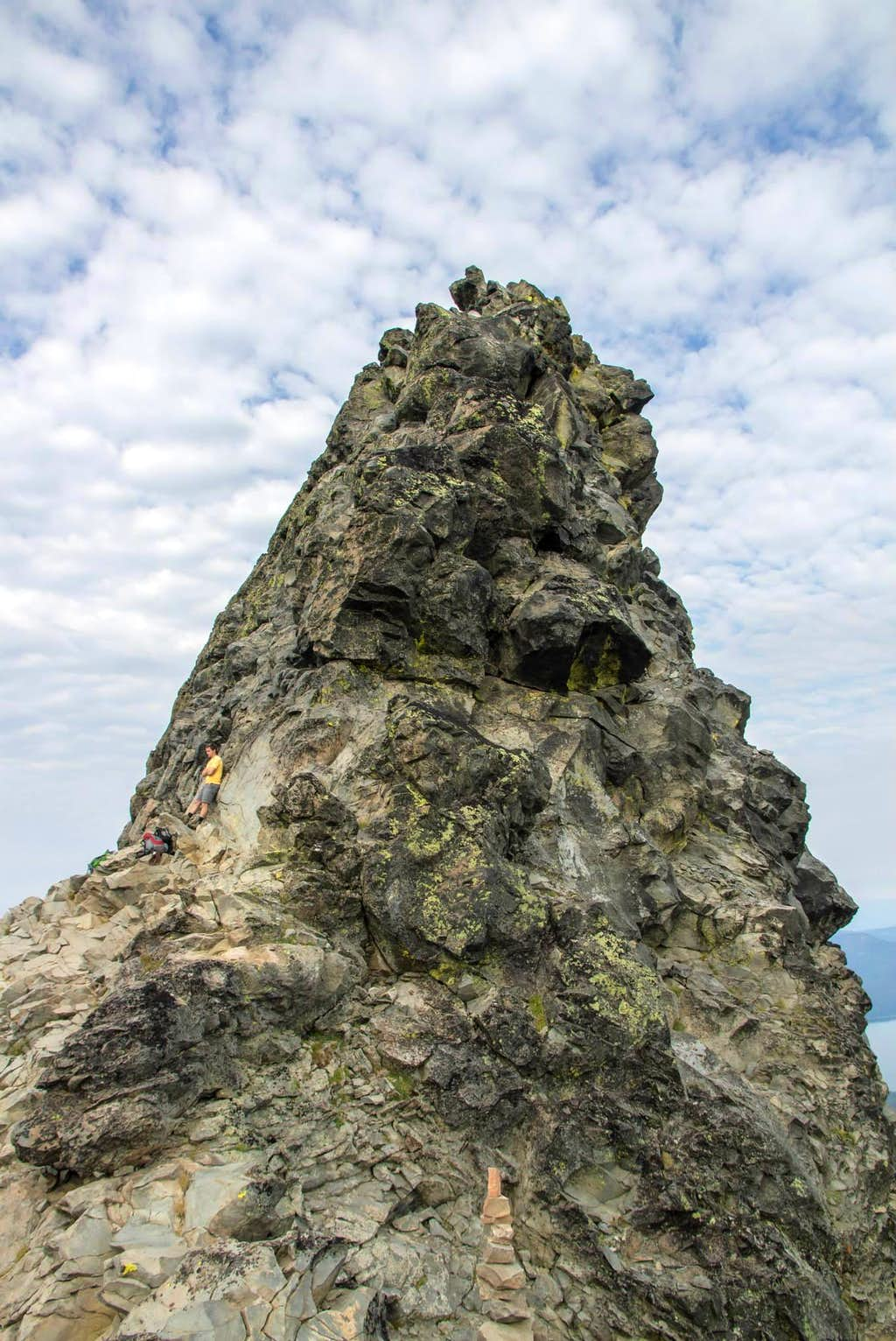 View looking SE at Mt. Thielsen Pinnacle