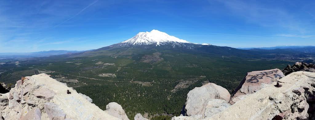 View of Shasta - 20160417