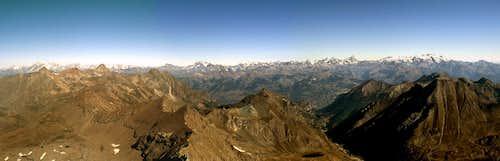 Panoramic view from the summit of Punta Tersiva...