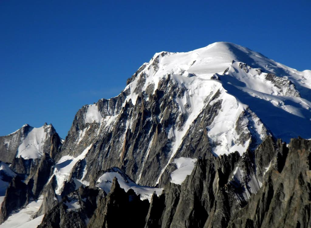 Monte Bianco main summit seen from Grand  Montets