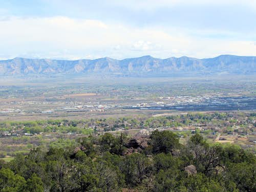 Grand Junction and the mountains to the north of it
