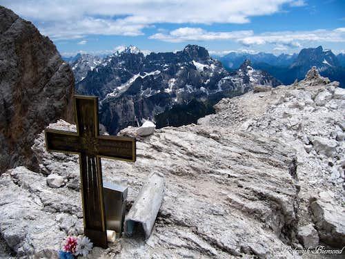 Cristallo di Mezzo Summit (3152m)