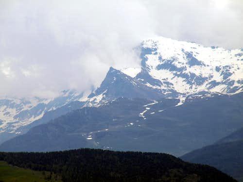 Becca d'Aran & Mont Roisetta above Cheneil Vallon 2016
