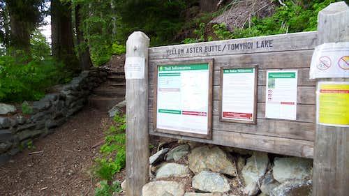 Tomyhoi Trail Sign