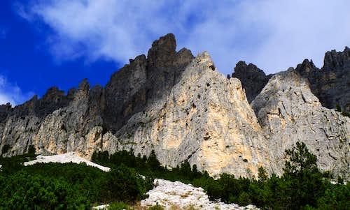 Guglia del Rifugio and Dirupi di Larsec, a forest of spires