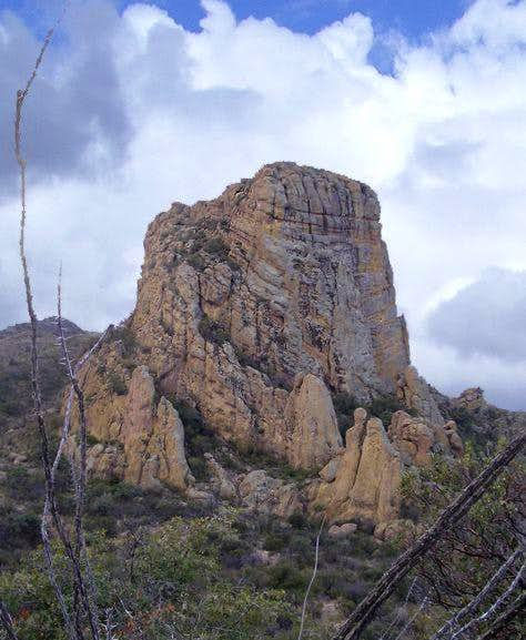 Castle Rock (Peña Blanca)
