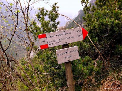 Bocchetta d'Uderle signpost