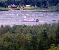 Riverboat on the Columbia