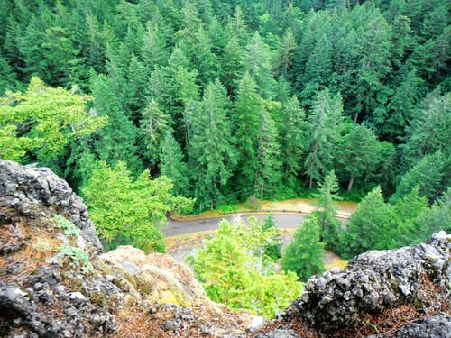 Looking down the cliffs Little Beacon Rock
