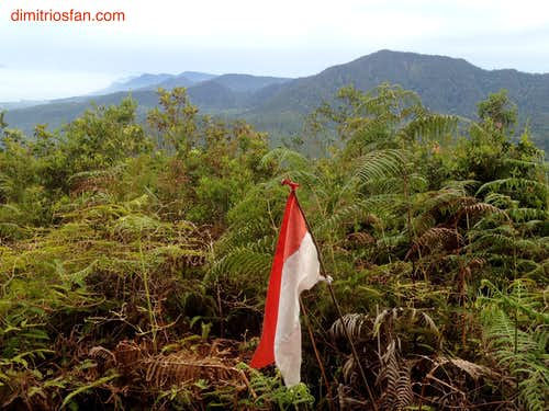 Mount Pangulubao/Bukit Manja