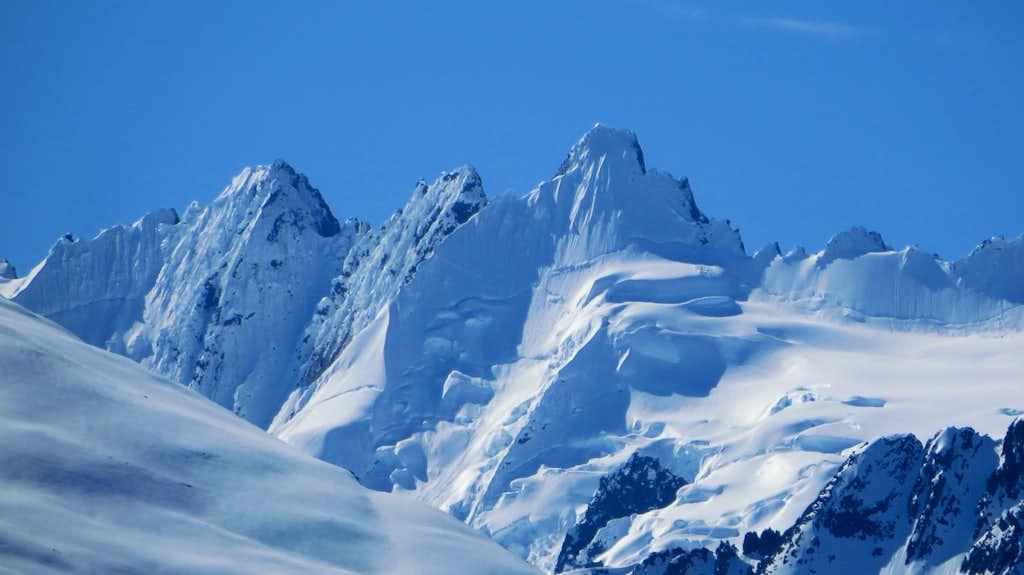Rugged Peaks south of Taiya Peak