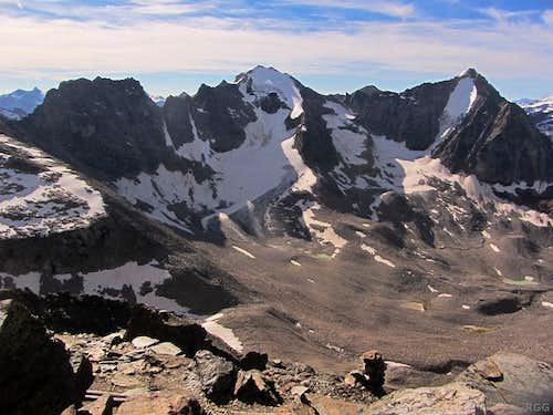 Hochofenwand (3433m), Großer Angelus (3521m) and Vertainspitze (3545m) from the Tschenglser Hochwand