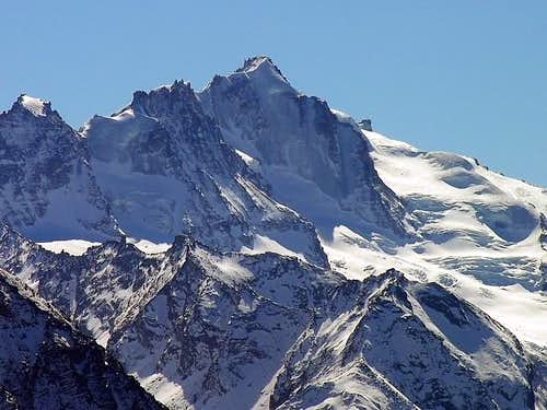 Central sector of the Gran Paradiso range  <br>seen from Punta Aouillette
