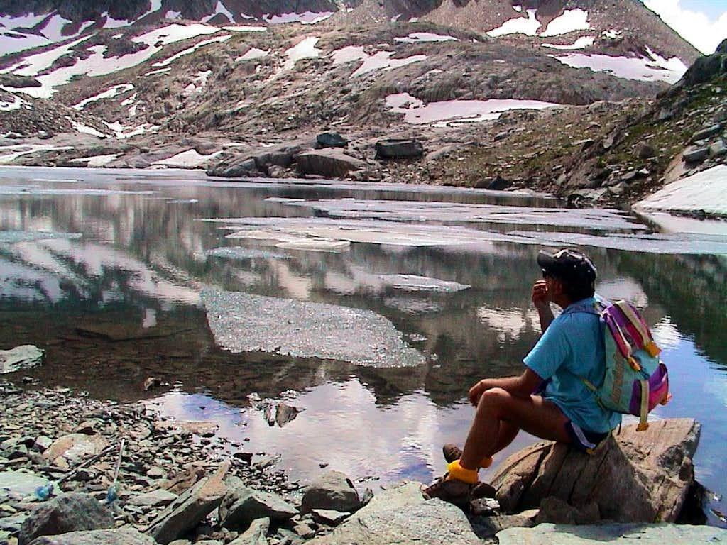 Ponds & Lochs into Acque Rosse middle Vallon 2002