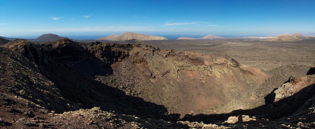 Pico Partido east crater