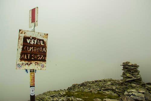 Mt.Custura misty summit