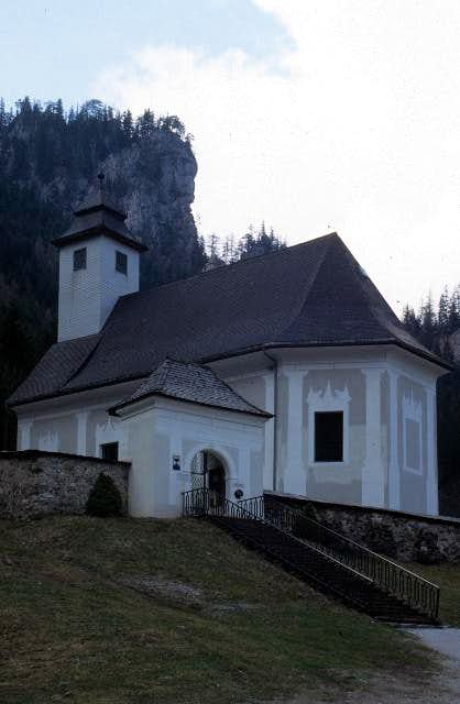 chapel at the Johnsbach cemetery