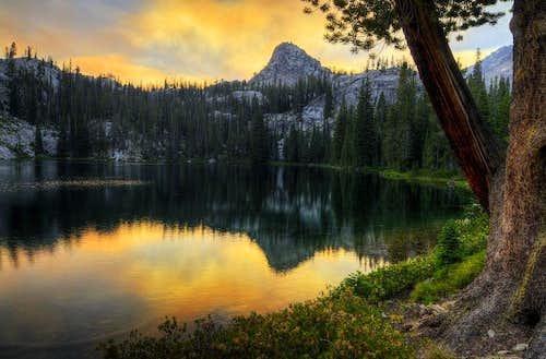 Lake 8523