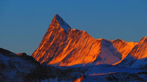 Sunrise over Finsteraarhorn