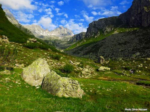 Val d'Amola scenery