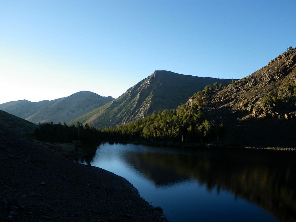 Virginia Lakes Scenery
