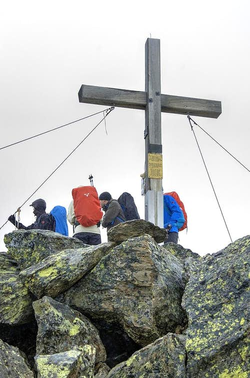 Cross on the summit of Wildes Mannle