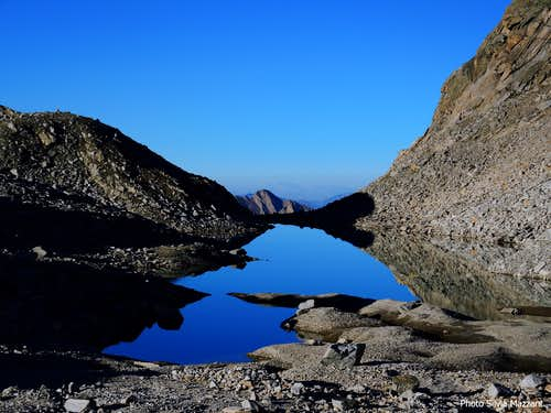 Tiny lake near Schneescharte-Forcella Nevosa