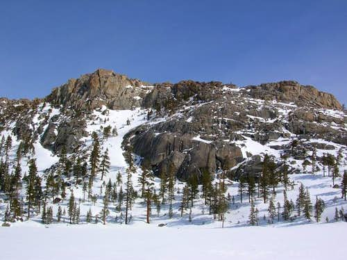 The SW side of Flagpole Peak...