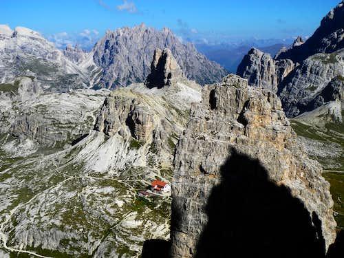 Rifugio Locatelli-Innerkofler seen from Paterno NW ridge