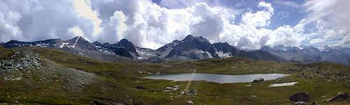 Panoramic view from Ponton lake of the southern  ridge of Vallone dell'Urtier