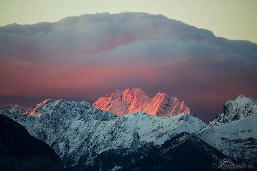 Mount Gerlach in dawn light