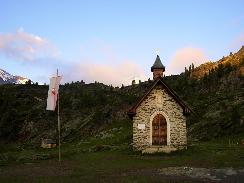 Small chapel near Refuge Corsi