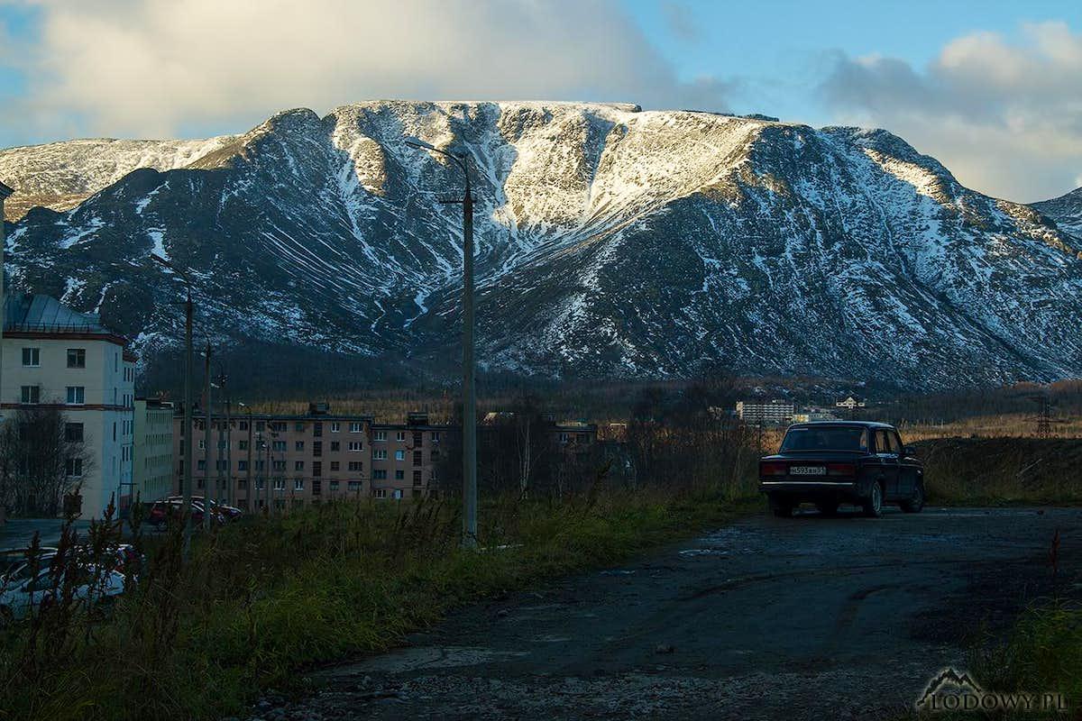 Khibiny over Kirovsk : Photos, Diagrams & Topos : SummitPost