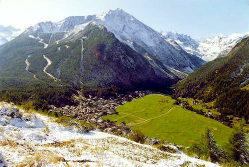 View  after a summer snowfall from Gimillian <br>of  Prato  di Sant\'Orso, Cogne  and Valnontey