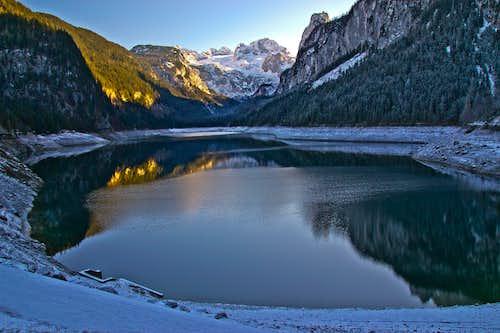 Vorderer Gosausee lake and Dachstein