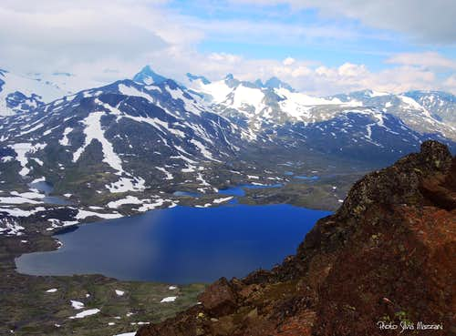 Leirvatnet seen from Kyrkja summit