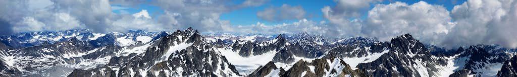 Lynx Peak summit panorama