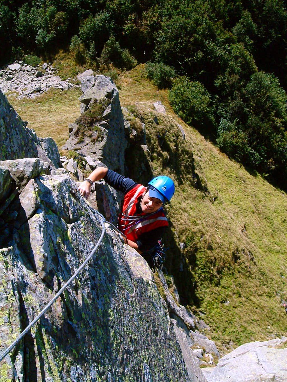 Rock climbing on Pumacioletto