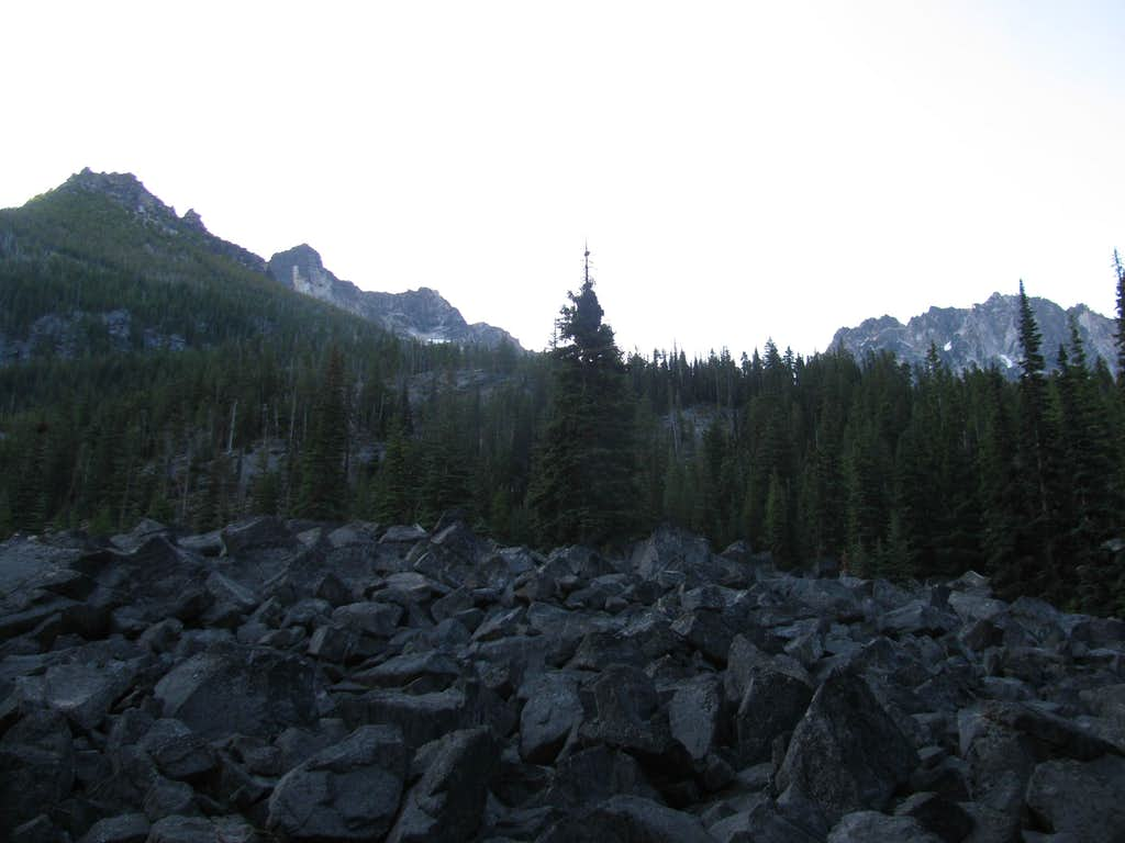 The Peaks of The Enchantments Peaking Out
