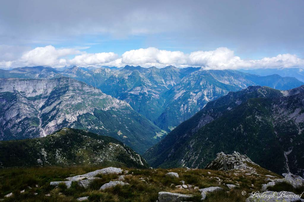 Summit view into the Verzasca valley